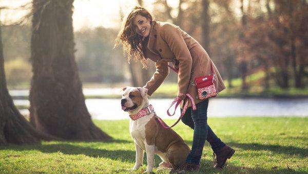 Dvě kamarádky vyrábějí designové potřeby pro psy a jejich chovatele Demeven.