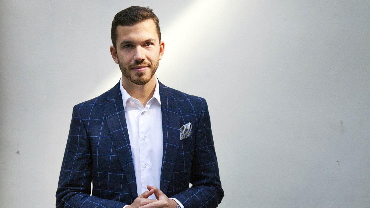 Majitel investiční skupiny C2H Michal Mička (30).