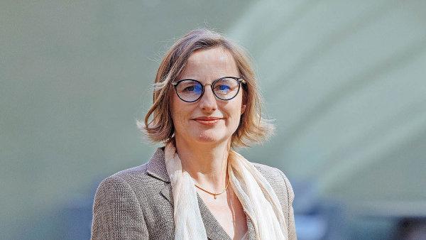 Anette Reissfelderová chtěla být původně novinářka. Dnes pracuje jako koučka a má klienty zejména v Hamburku a v Praze.