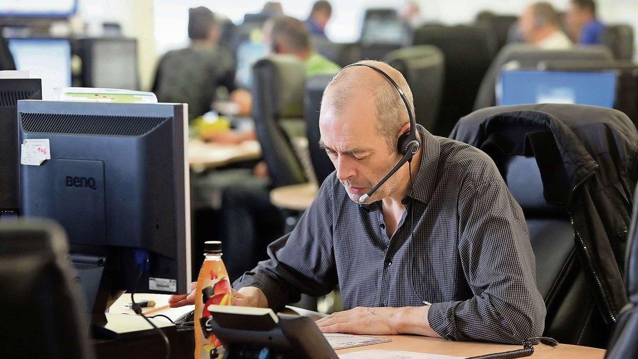 Brněnská firma chce vylepšit pověst call center. Nahrané hovory mění na data. Ilustrační foto.