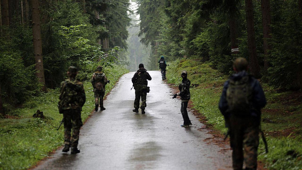 BIS varuje před domobranami v Česku. Magory je třeba hlídat, upozorňuje Stejskal.