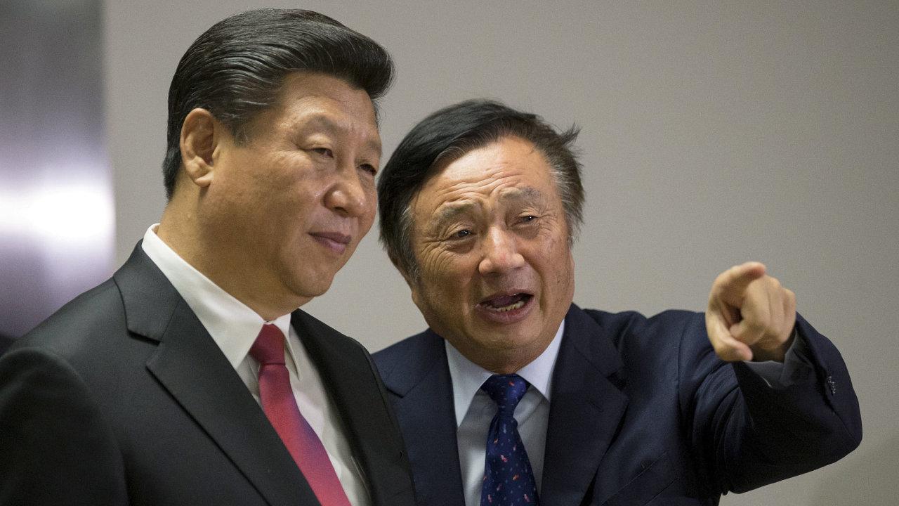 Čínský prezident Si Ťin-pching a zakladatel společnosti Huawei Žen Čeng-fej.