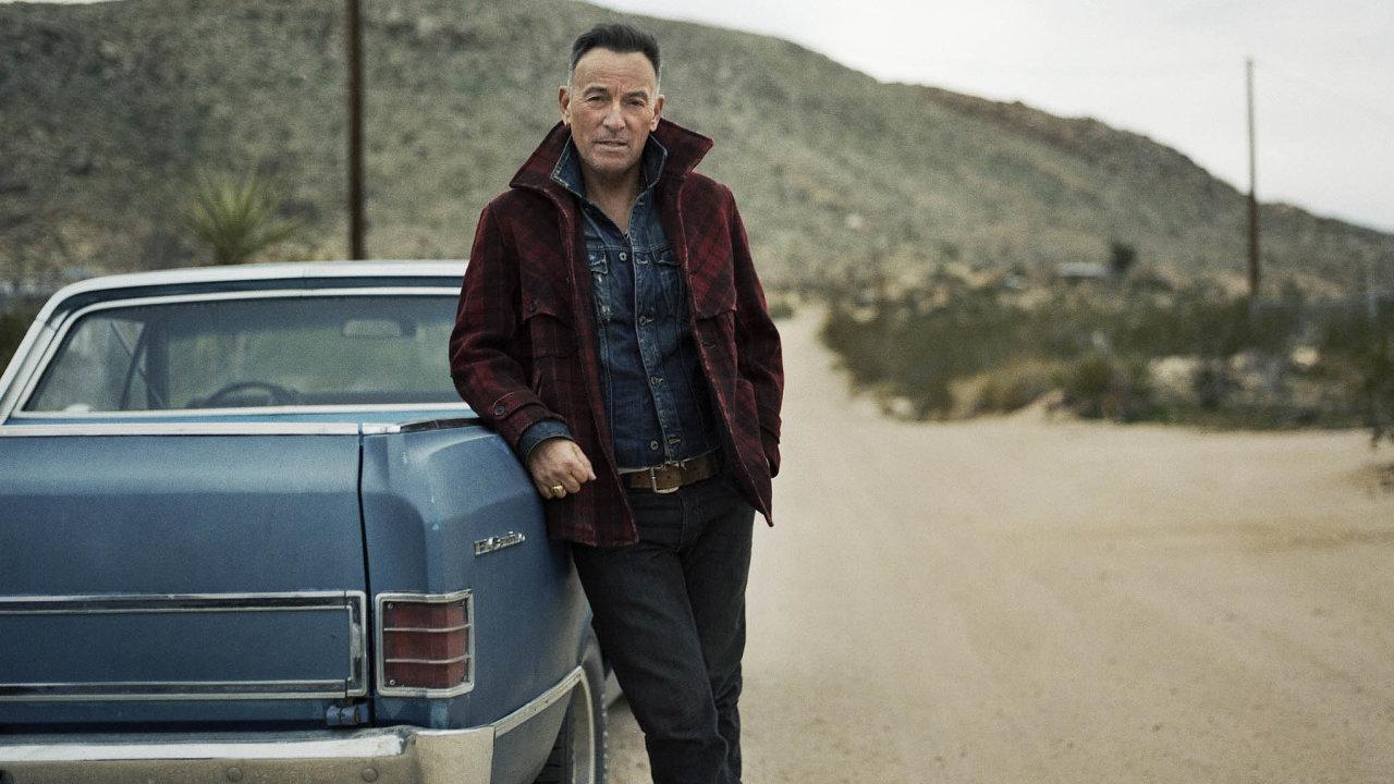 Bruce Springsteen, který vzáří oslaví sedmdesátiny, nedávno slíbil, že příští rok opět vyrazí naturné se svou kapelou EStreet Band. Mohli by zamířit také doEvropy.
