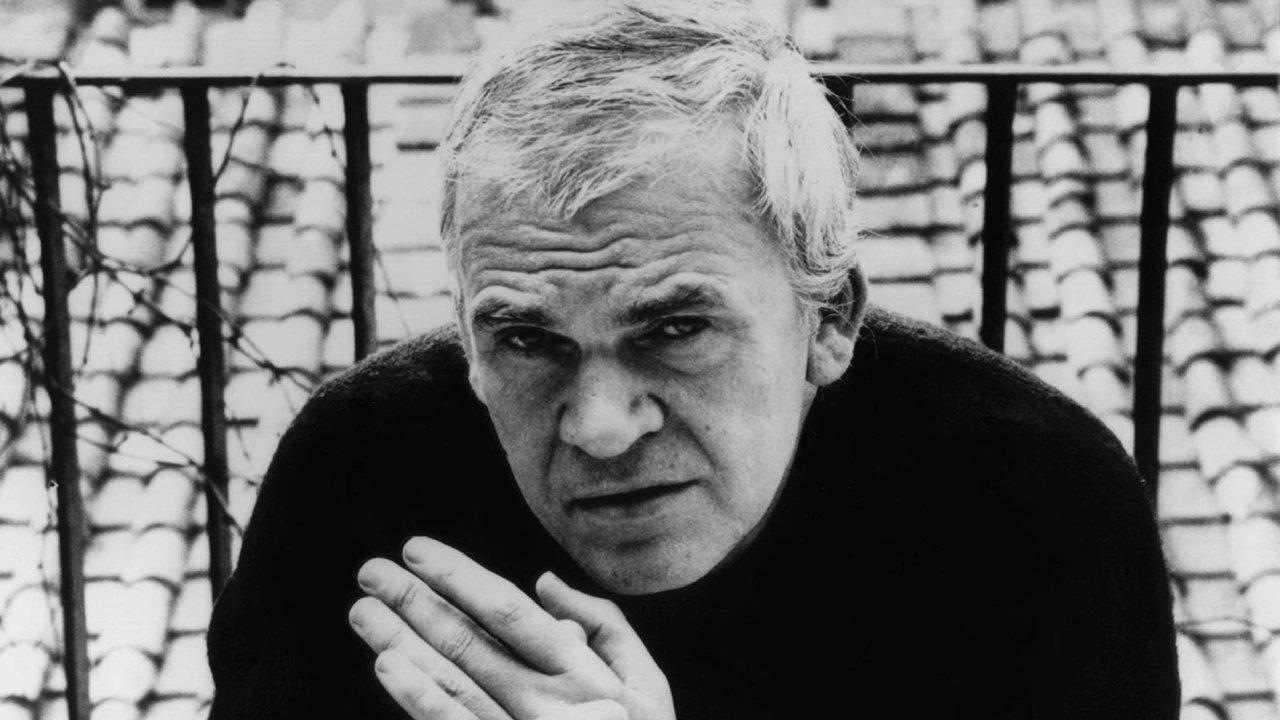 """Kundera v románu Život je jinde cílí """"do srdce Velkých Pravd a Velkých Postav"""", napsal spisovatel Claude Roy."""
