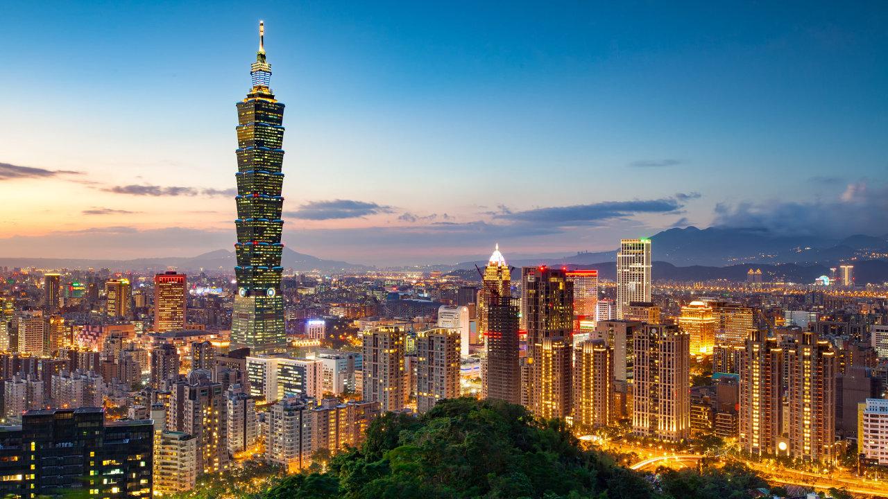 Tchaj-pej je hlavním městem Tchaj-wanu. Ve městě se mimo jiné nachází kdysi nejvyšší budova světa, mrakodrap Tchaj-pej 101.