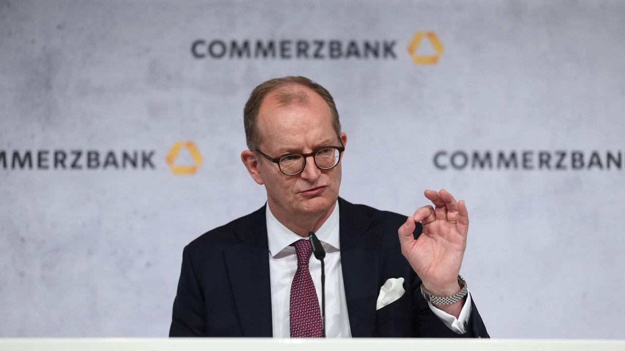 Martin Zielke po čtyřech letech končí v čele Commerzbank.