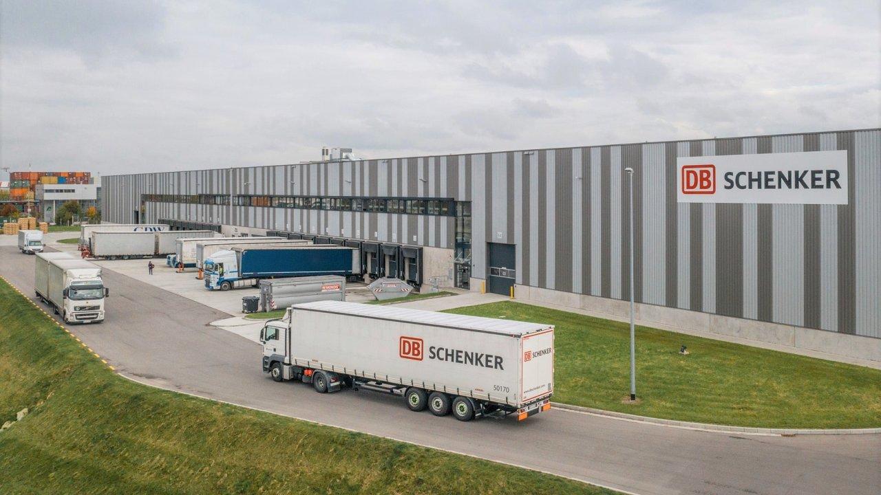 """""""V logistice platí jednoduché pravidlo – plně naložený kamion zvyšuje efektivitu a šetří náklady,"""