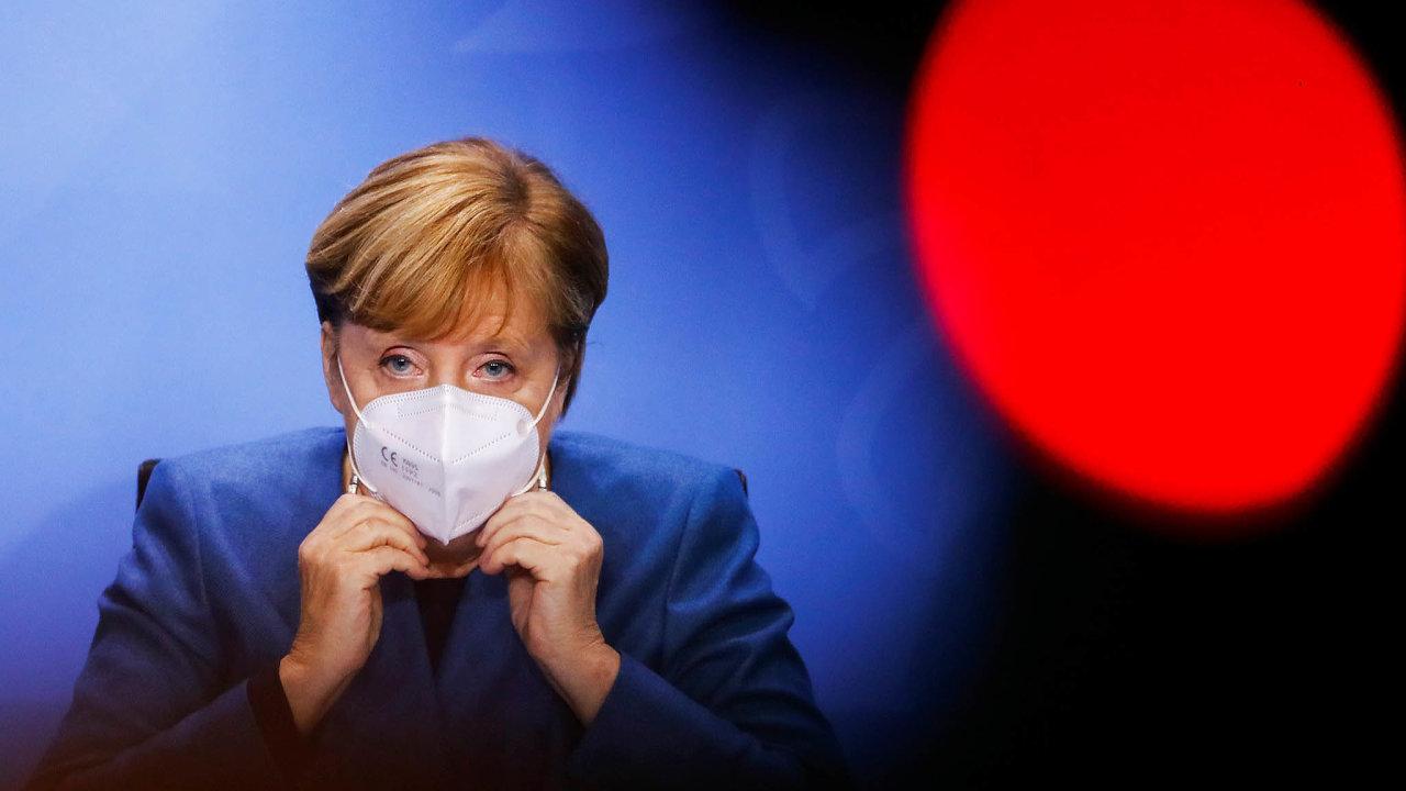 Vážná situace. Německá kancléřka Angela Merkelová uvedla, že země je vevážné situaci, aproto zavedla částečnou karanténu.