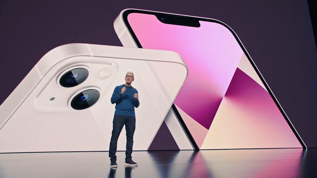 Představení iPhonů 13 mělo švih, ale málo inovací
