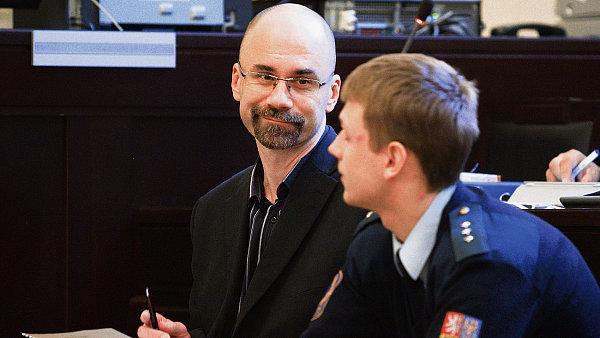 Bývalému výkonnému řediteli Central Group Aleši Novotnému vrchní soud uložil sedm let vězení.