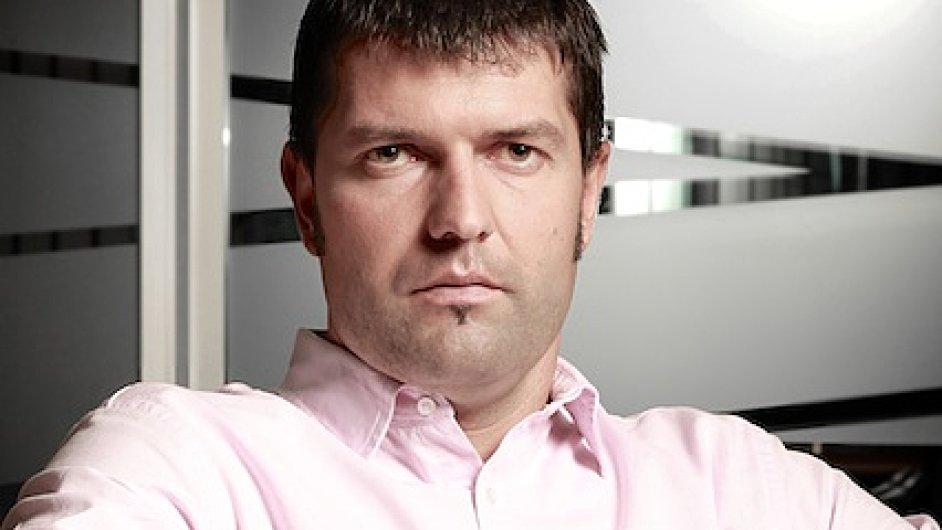 Petr Katzer je obchodním ředitelem společnosti Dimension Data Czech Republic.