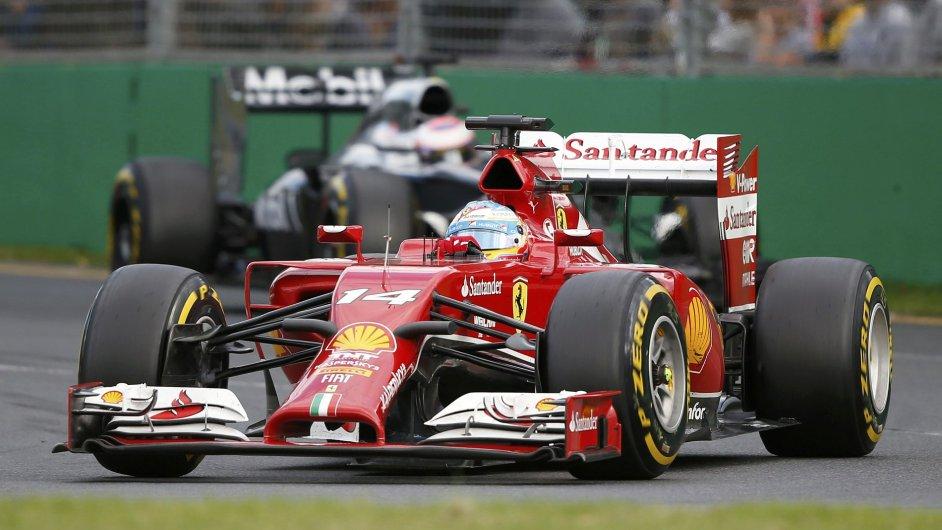 Fernando Alonso ve ferrari při Velké ceně Austrálie