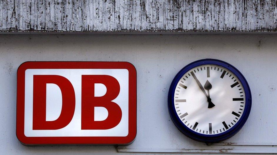 Dnes od šesti večer budou němečtí strojvůdci na tři hodiny stávkovat.