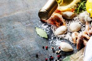 Alergeny ve víně? Vaječné bílky i jíl pomáhají zbavit vína nečistot
