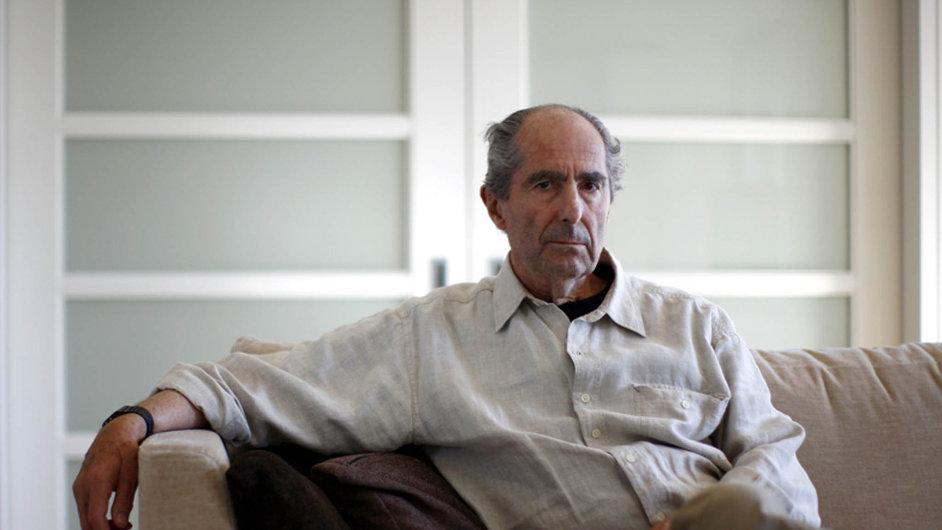 Dvaaosmdesátiletý Philip Roth dvakrát získal americkou Národní knižní cenu, ve své sbírce má iPulitzerovu cenu.
