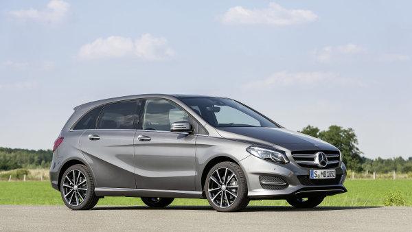 Mercedes třídy B spotřebuje v nejúspornější verzi 180d BlueEFFICIENCY jen 3,6 l nafty na každých 100 km