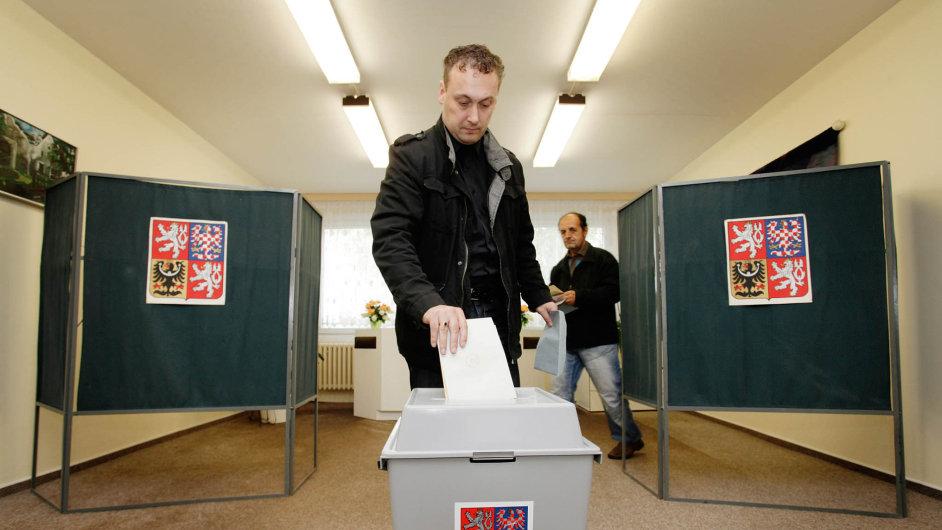 Voliči půjdou ksenátním volbám vpátek asobotu 7. a8. října.