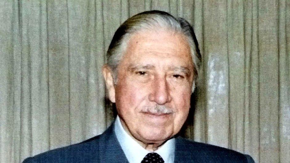 August Pinochet.