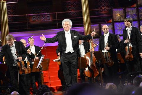Jiří Bělohlávek, Česká filharmonie, dirigent