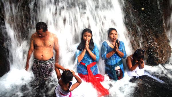 Vodopády Sebatu ve středu ostrova