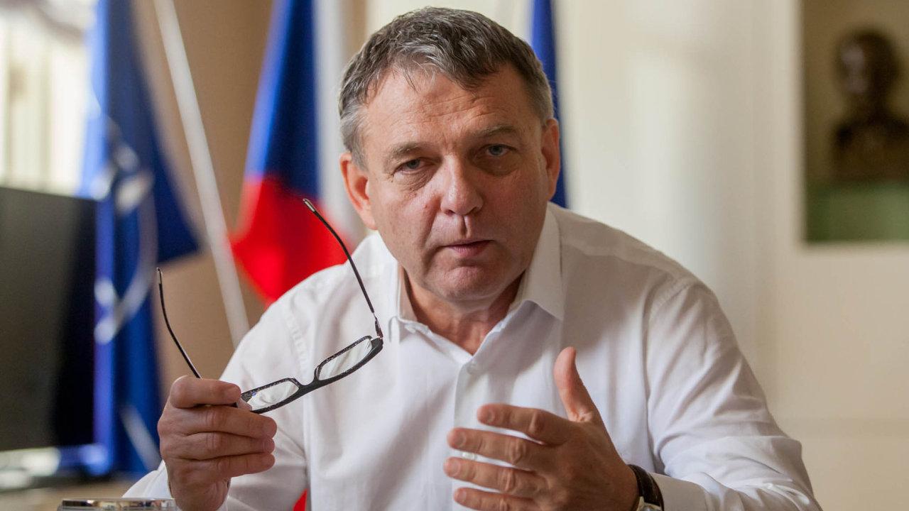 Ministr zahraničí ČR a volební lídr ČSSD Lubomír Zaorálek.