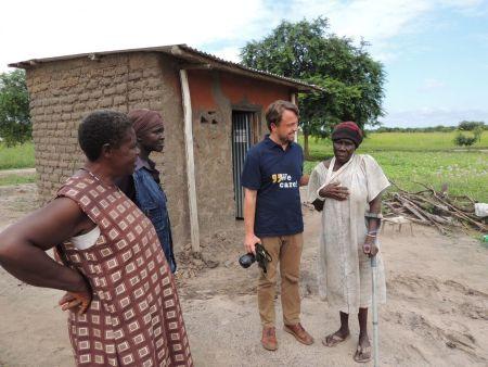 Ředitel CARE ČR Jan Koubek Kejzlar navštívil uprchlický tábor Rhino.