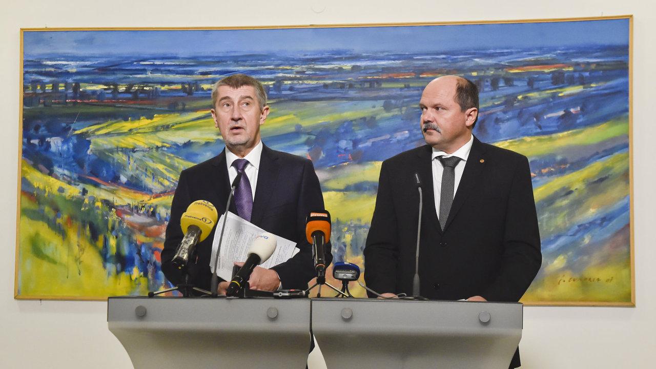 Premiér Andrej Babiš uvedl do funkce ministra zemědělství Jiřího Milka.