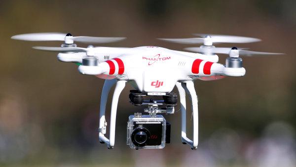 Nové drony Amazonu mají být schopné reagovat na lidská gesta a křik. - Ilustrační foto