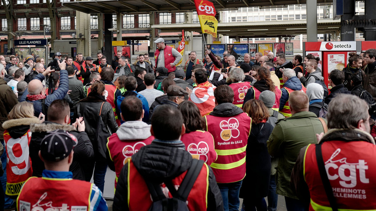 Striking railway workers of the CGT union (General Working confederation) hold a general assembly in the Lille Flandres station