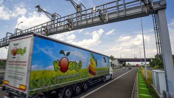 Poradci mají hnout s dostavbou dálnic.