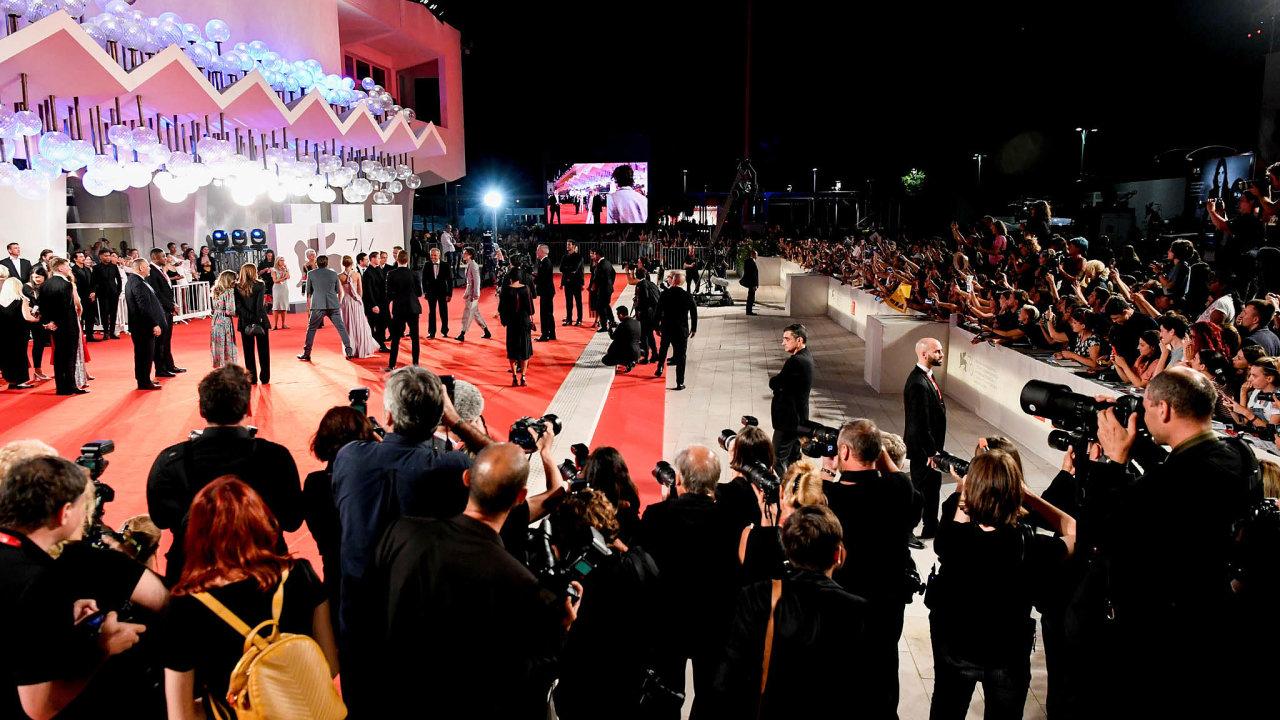 76. ročník akce se v Benátkách opět konal vokolí festivalového paláce.