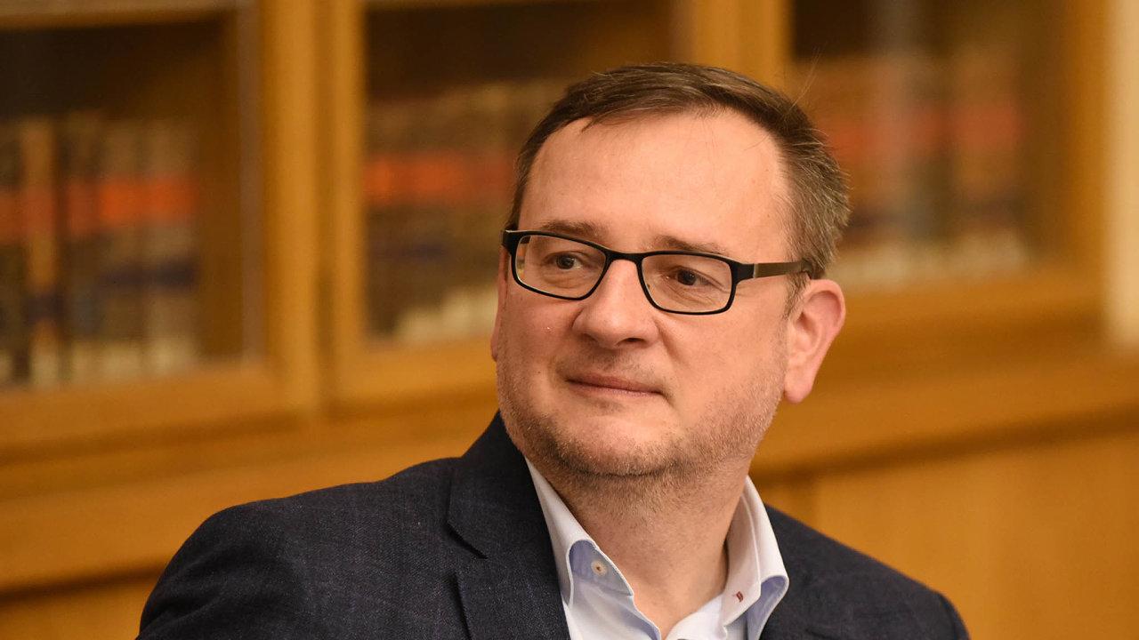 Vyjednavač: Petr Nečas dohodl spolupráci mezi českou společností Delta Medical Holding anejvětším čínským zdravotním zařízením Tongrentang.