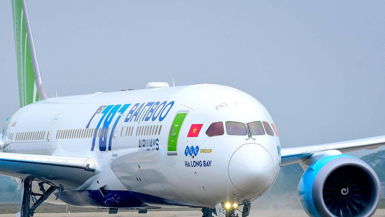 Boeing 787 Dreamliner. Bamboo Airways pošlou doPrahy jedno znejmodernějších letadel. Část stroje je vyrobena místo hliníku zuhlíkových vláken.