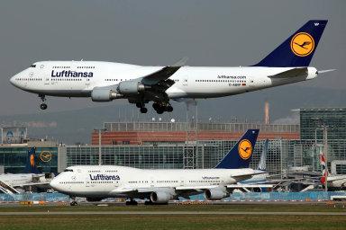 Německé aerolinky Lufthansa musely kvůli sníženému zájmu o cestování uzemnit některá velká letadla.