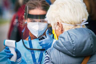Test přítomnost koronaviruvtěle prokáže až několik dní poinfekci.