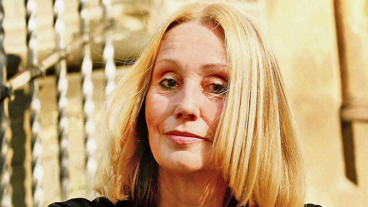 Dominika Feriho nahradí v Poslanecké sněmovně režisérka Olga Sommerová. Chce bojovat za nezávislost České televize i rovná práva žen.
