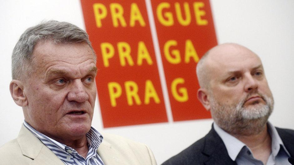 Pražský primátor Svoboda a předseda klubu zastupitelů za ODS Pecha