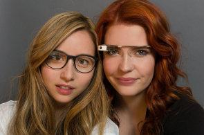 Apple má hned dva prototypy brýlí pro rozšířenou realitu, Google Glass se přitom smál