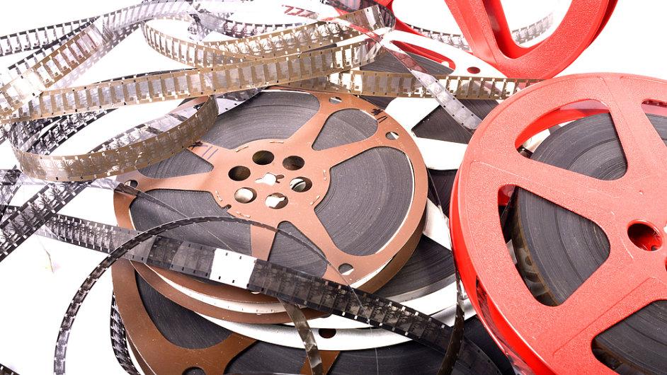 Starší filmy se digitalizují.