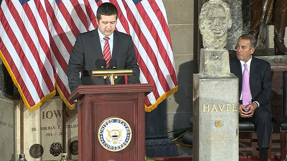 Snímek z ceremoniálu.