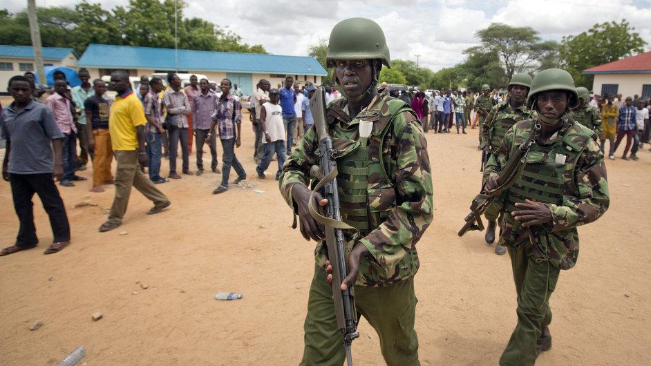 Keňští vojáci. Ilustrační foto.