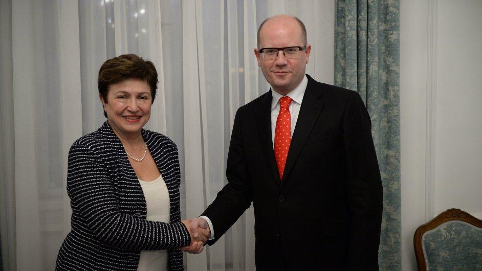 Premiér Bohuslav Sobotka se v Praze setkal s místopředsedkyní Evropské komise pro rozpočet a lidské zdroje Kristalinou Georgievovou.
