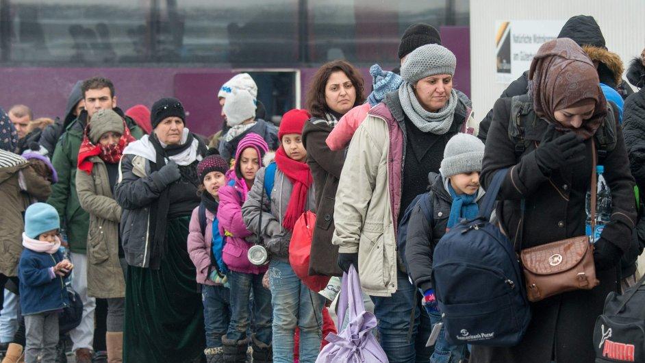 Uprchlíci v Německu.