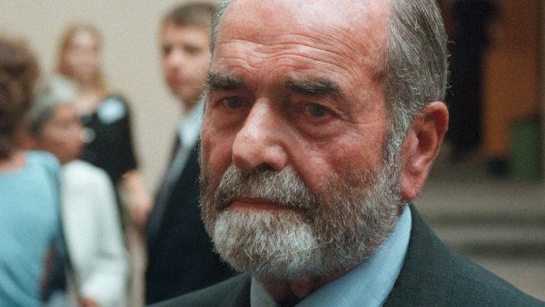 Pavel Tigrid na archivn�m sn�mku z roku 1999.