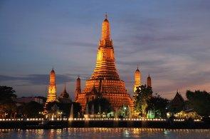Moje víkendová cesta: V Bangkoku se mísí les globalizovaných mrakodrapů s poetickým světem východní anarchie