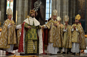 Rekonstrukce korunovace Karla IV.