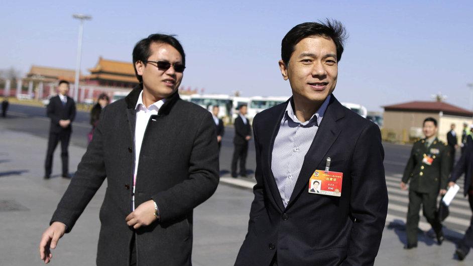Miliardář komunista: Robin Li (vpravo), zakladatel vyhledávače Baidu, je zároveň poslancem čínského parlamentu. Jeho majetek je odhadován na 12,5 miliardy dolarů.