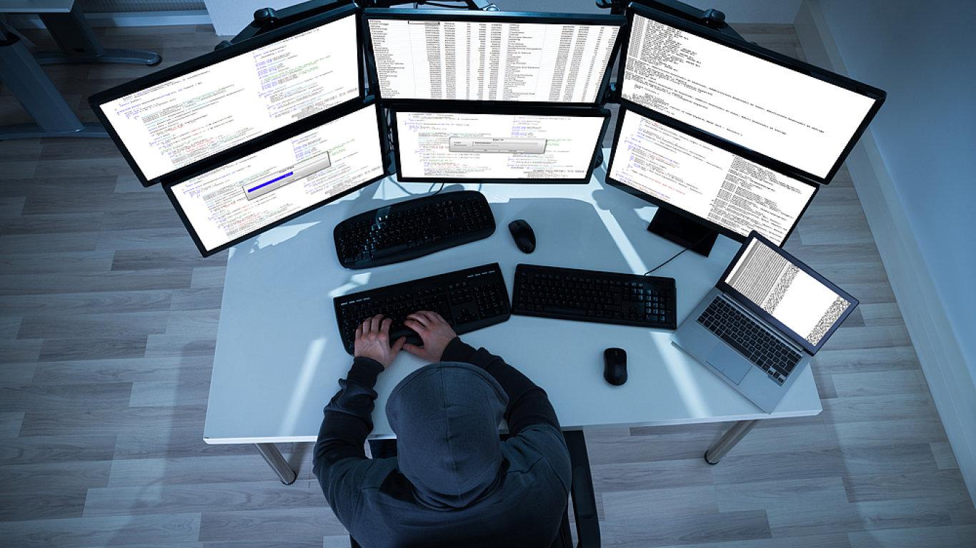 Hackeři odcizili hesla téměř ke stovkám tisícům účtů Mall.cz - Ilustrační foto.