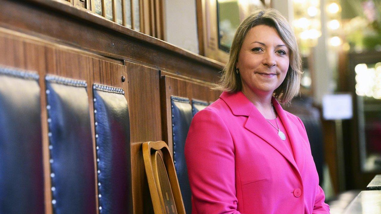 Renata Dvořáková vede českou pobočku globálního IT kolosu Oracle.