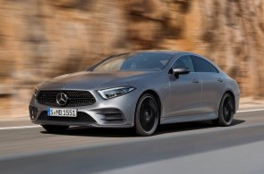 Větší vnitřní prostor a úspornější motory. Nový Mercedes CLS ale zůstává i ve třetí generaci atraktivním